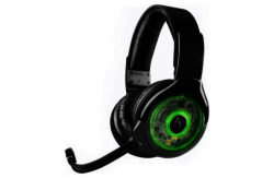 Afterglow AG9 Wireless Gaming Headset for Xbox One.